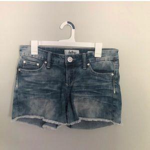 Day trip jean shorts (express)